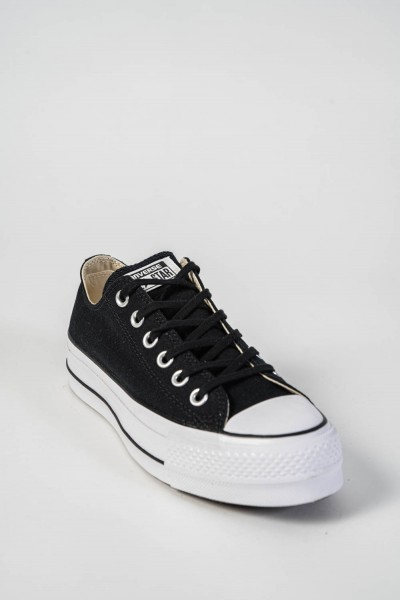 ZAPATILLA CONVERSE CHUCK TAYLOR ALL STAR PLATFORM CANVAS LOW TOP 560250
